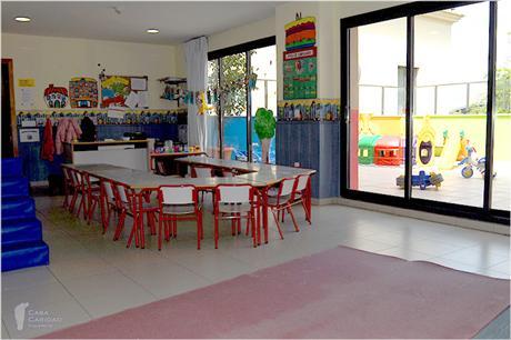 Aznar Textil colabora con la Casa Caridad